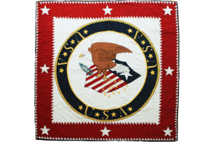 """American Eagle USA"" in White-Red Cover-Up Quilt"