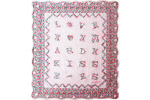 """Love and Kisses"" in Pink Crib Quilt 42"" x 47"""