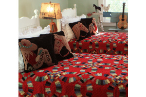 """Double Wedding Ring"" in Crimson with Scalloped Pieces Twin Quilt 64"" x 85"""