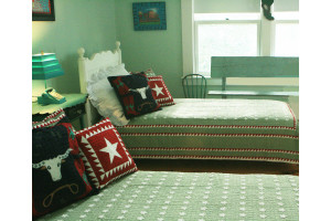 """Mini Star"" in Sage-White Twin Quilt 64"" x 85"""