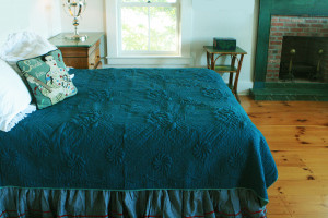 """Trapunto"" in Dark Teal-Celadon Reversible Queen Quilt 85"" x 95"""
