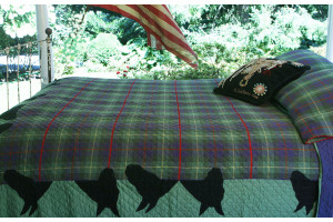 """""""Canyon Plaid Horse Blanket"""" in Apple-Black King Quilt 105"""" x 105"""""""