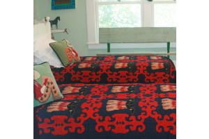 """Big Boots"" in Navy-Crimson Without Rivets Twin Quilt 64"" x 85"""