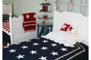 """Patriotic Stars"" in Navy-White Twin Quilt 64"" x 85"""