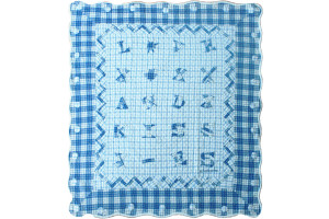 """Love and Kisses"" in Blue Crib Quilt 42"" x 47"""