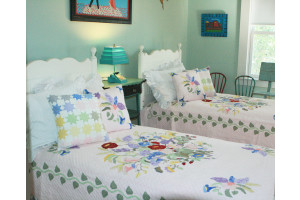 """Summertime"" in Rose Twin Quilt 64"" x 85"""