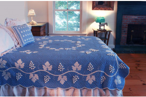 """Grape Cluster"" in Cornflower-White Queen Quilt 85"" x 95"""