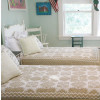"""""""Feathered Star"""" in Champagne-White"""