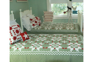 """Feathered Star"" in Sage-Red-White Twin Quilt 64"" x 85"""