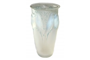 French Crystal antique Lalique.
