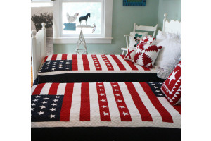 """Patriotic Flag"" in Red-White-Navy Twin Quilt 64"" x 85"""