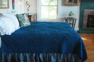 """Trapunto"" in Old Blue-Crimson Reversible Queen Quilt 85"" x 95"""