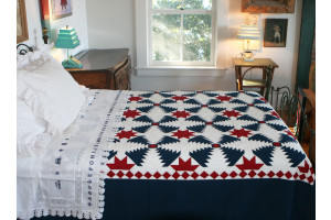 """Pineapple Log Cabin"" in Red-White-Old Blue Queen Quilt 85"" x 95"""