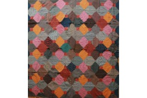 Mennonite  Log Cabin Quilt 73 X 76 with combination of Orange, Brown, Putty, Red Lancaster County